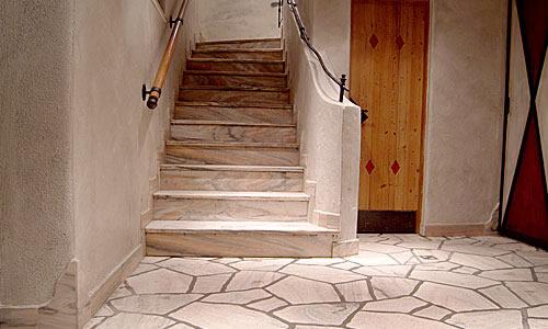 Stufenplatten aus Sölker Marmor
